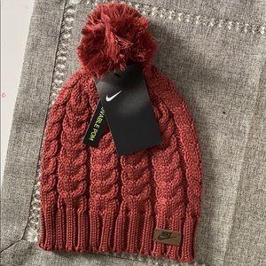 Women's Nike knitted hat!